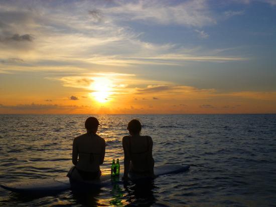 Jimbaran, Indonesia: SUP Sunset Padang Padang Tour