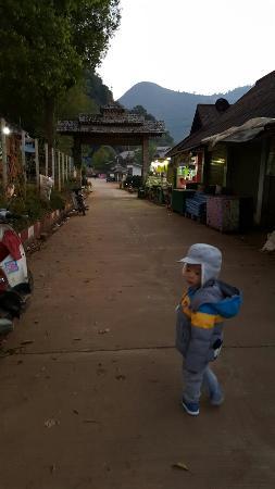Fang City, Thailand: 20160209_183103_large.jpg