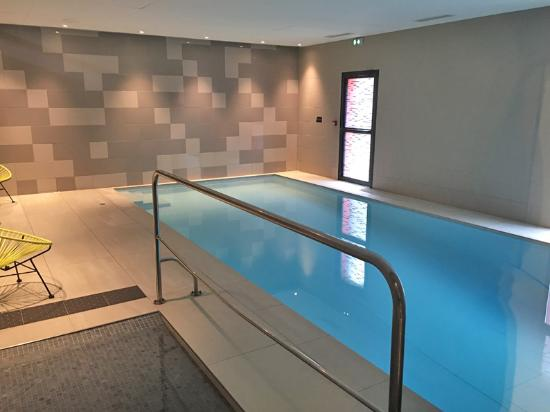 piscinette picture of qualys hotel spa vannes vannes tripadvisor. Black Bedroom Furniture Sets. Home Design Ideas