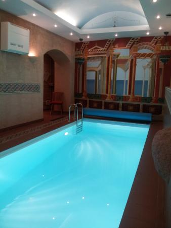 Stikliai Hotel and Restaurant: Бассейн с зоной отдыха и сауной