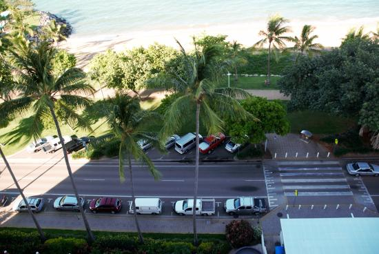 Aquarius on the Beach: Seafront looking down from 10th Floor room