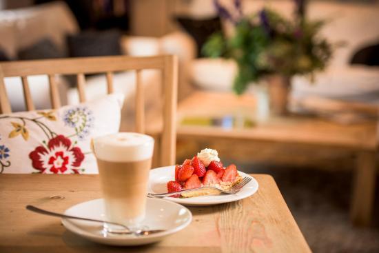 Conrad's Mountain Lodge: Kaffee und Kuchen inklusive am Nachmittag