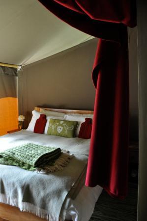 Edale, UK: King size bedroom