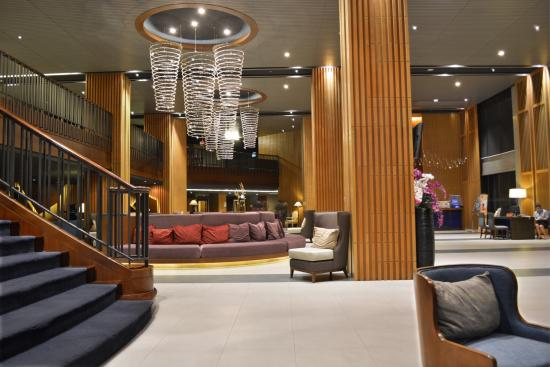 Rua Rasada Hotel & Convention Center: Hotel Entrance