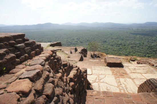 Palatset på Sigiriya (Lejonets berg): Vue d'en haut