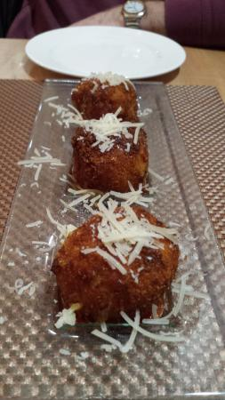 Natick, MA: Mac and Cheese Fritters