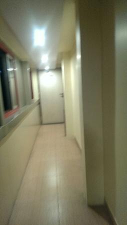 Aditi International Hotel: IMAG0481_large.jpg