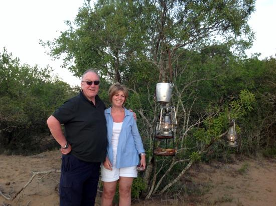 Phinda Private Game Reserve, Güney Afrika: Gill & I enjoying the suprise Champagne