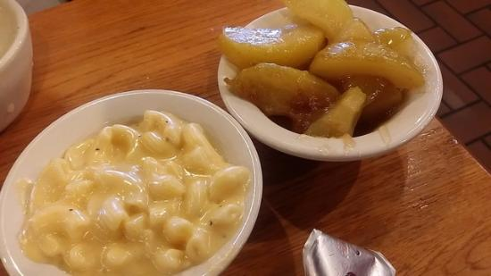Winter Garden, Флорида: Mac;n cheese and apples