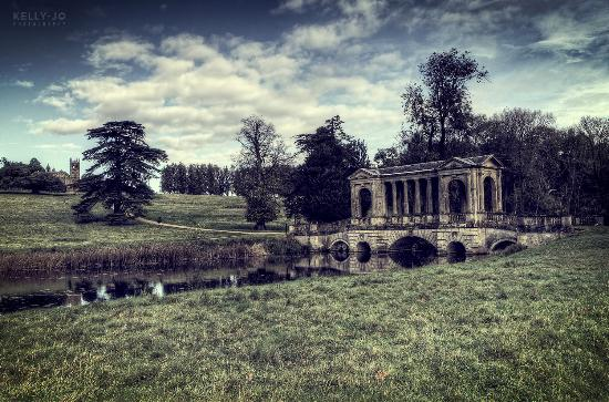 Buckingham, UK: The famous vista at Stowe Landscape Gardens © Kelly Jo Photography