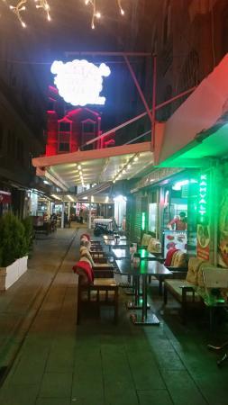 Uzunyali Cafe & Restaurant