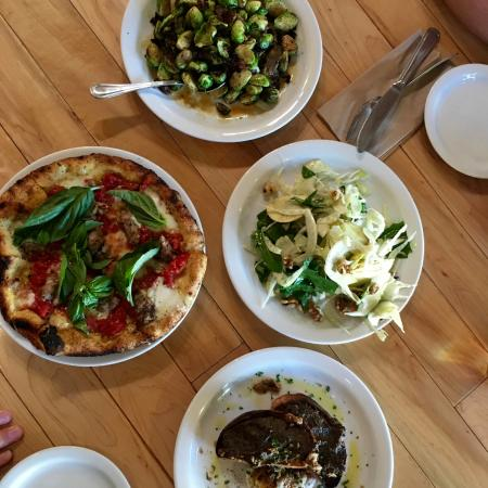 Buellton, CA: Great food at Industrial Eats