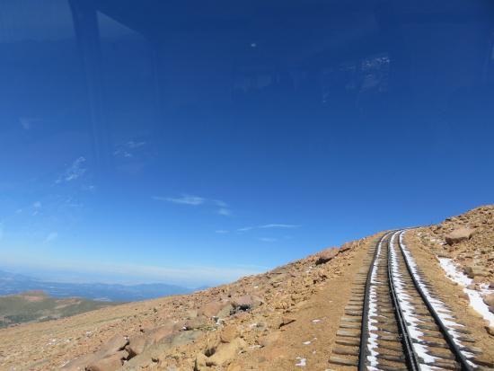 Pikes Peak Cog Railway: Up and up