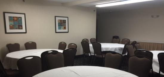 Ramada Springfield North: Meeting Space