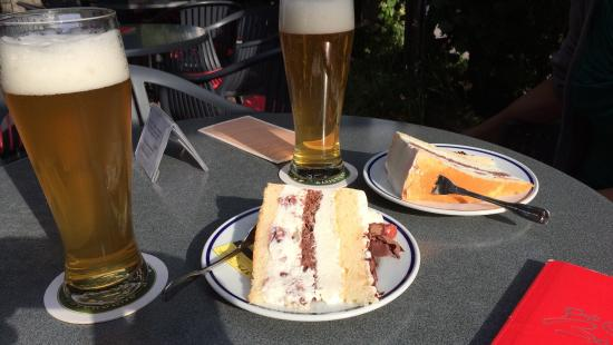 Schiltach, Allemagne : Schwarzwälder Kirschtorte