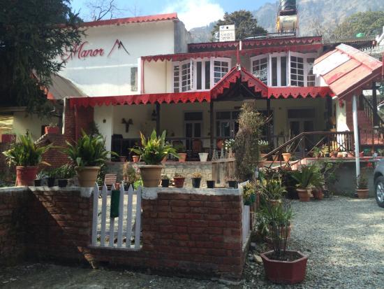 Swiss Cottage: photo1.jpg