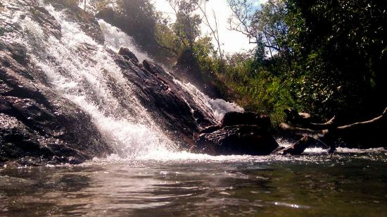 Planaltina: Cachoeira do Vale Perdido