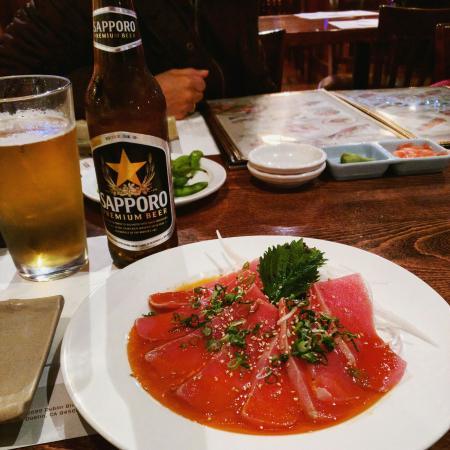 Yanagi Sushi & Grill: Tuna tataki. Spicy but really good.