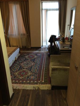 Betsy's Hotel: photo0.jpg