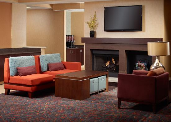 Residence Inn Atlanta Alpharetta/Windward: Gatehouse