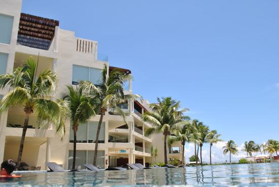 Photo of Hotel Elements Playa del Carmen