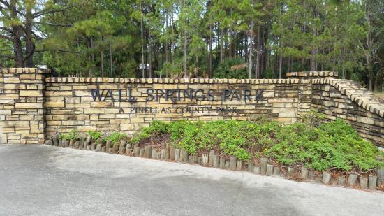 Palm Harbor, FL: Wall Springs Park entrance