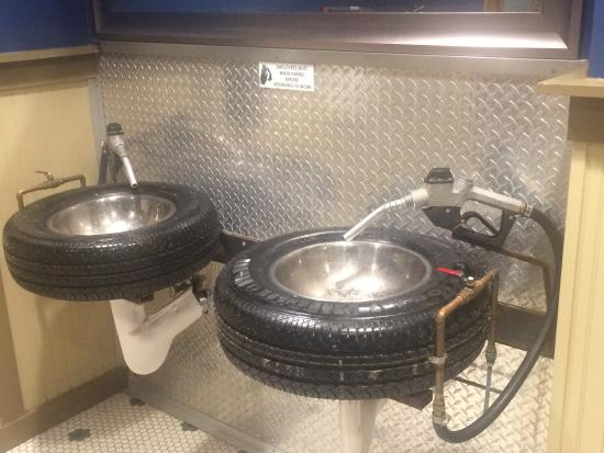 Brandon, FL: Unique bath sinks - tires and gas pump handles