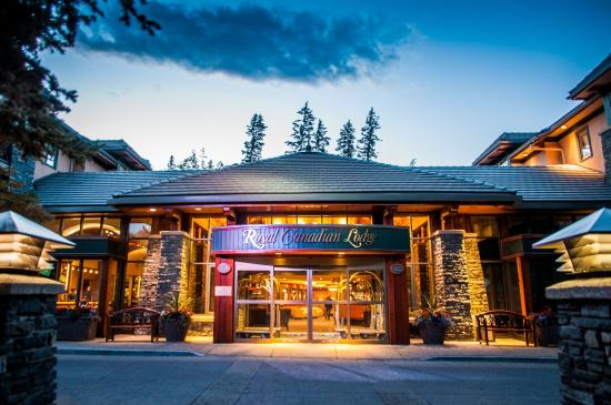 Delta Hotels by Marriott Banff Royal Canadian Lodge: Exterior