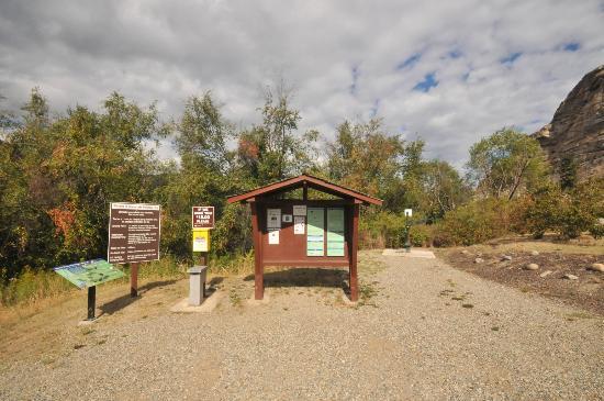 Oliver, Canada: Information Kiosk at Vaseux Lake Provincial Park