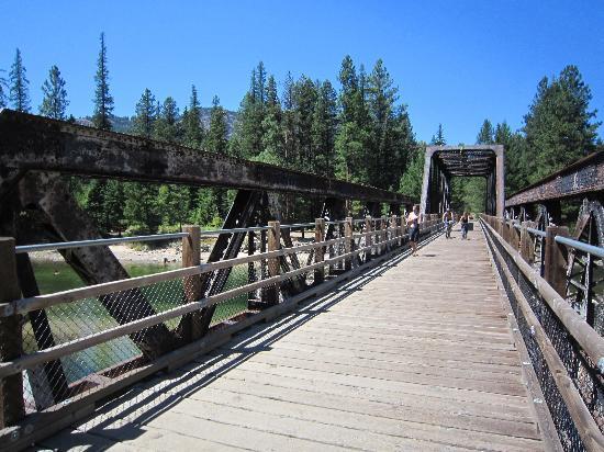 Rock Creek, Καναδάς: Biking on the KVR (Trans Canada Trail)