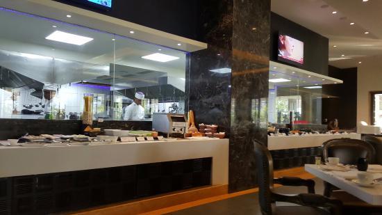 breakfast buffet picture of planet hollywood beach resort utorda rh tripadvisor in
