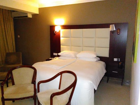 spacious rooms, friendly staff, slow Wifi