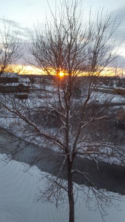Quality Inn & Suites Loveland: Sunrise from the Third Floor