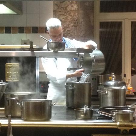Hotton, Bélgica: Organisation, précision