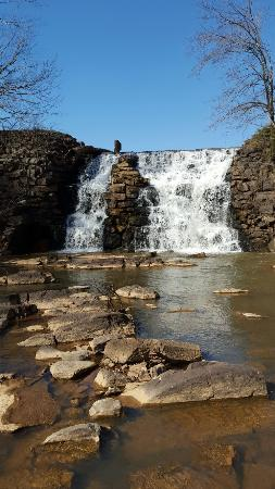 Auburn, AL: Falls and trails