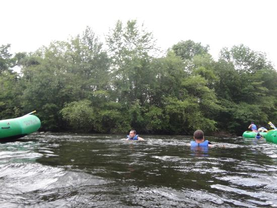 Nesquehoning, Pensilvania: Swimming on the Lehigh