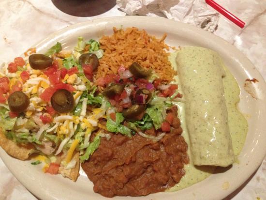 Woodbridge, VA: Combo 5 Chalupa and Enchilada
