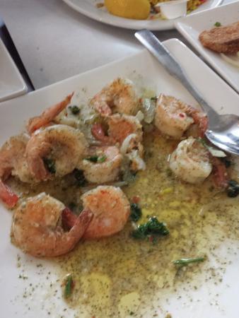 Longueuil, Canada: Garlic sauteed shrimp