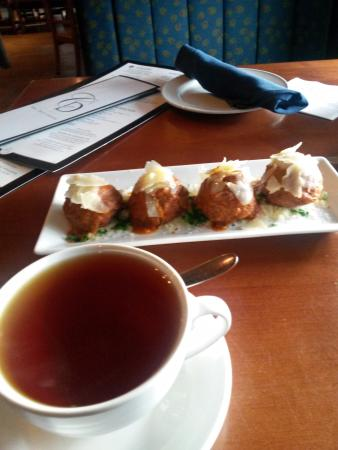 Bedford, NH: Appetizer - crostini meatballs