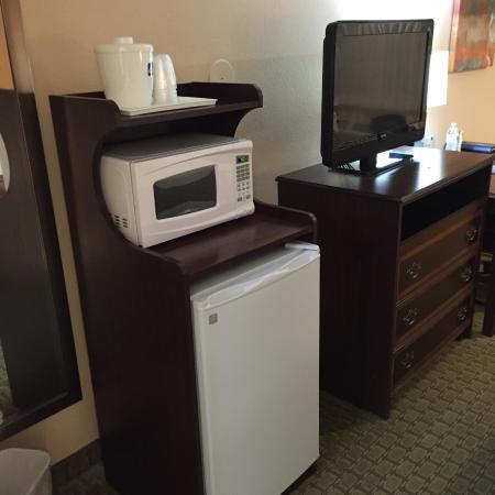 Lakeview, OR: Microwave & Mini-Fridge