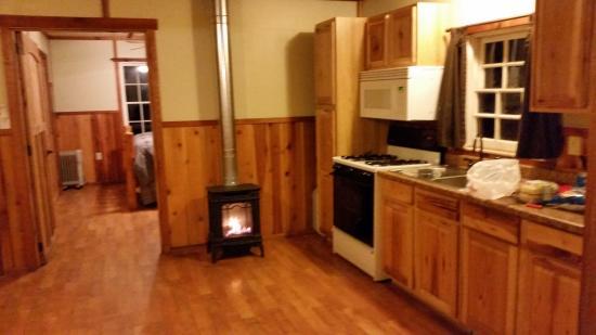 Prospect, Oregon: kitchen