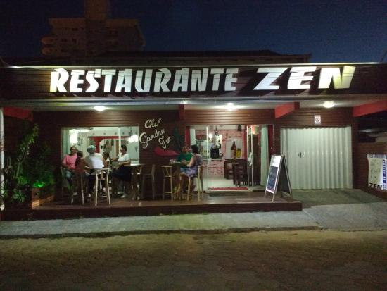 Fachada restaurante zen foto de restaurante chef sandra for Fachada para restaurante