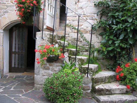 Residence des Perles : Escalier de la Résidence des Perles menant aux chambres