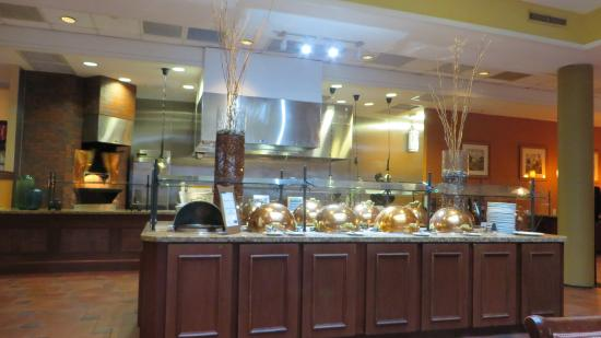 Peachtree City, Geórgia: Dining room (breakfast buffet)