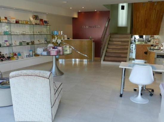 Maxwell's Skin & Body Clinic