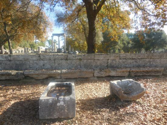 Ancient Olympia: Bathtubs