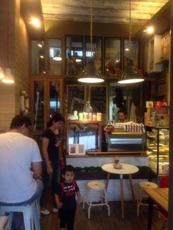 Thanam Cafe'