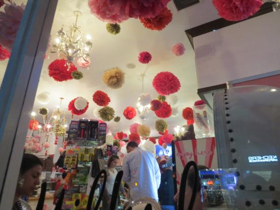 Manhattan Beach, CA: The store decorated for Valentine's Day
