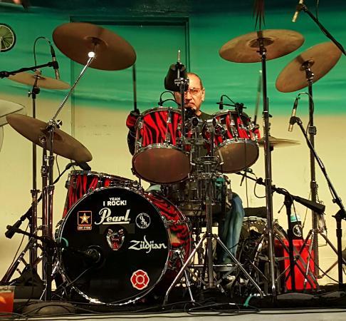 Hollywood Beach: Drummer, Ocoee River
