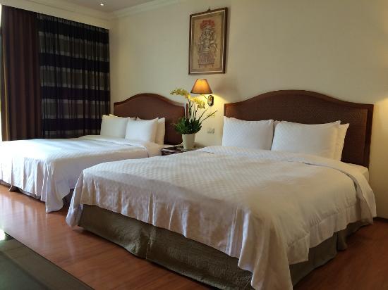 Chia Shih Pao Hotel